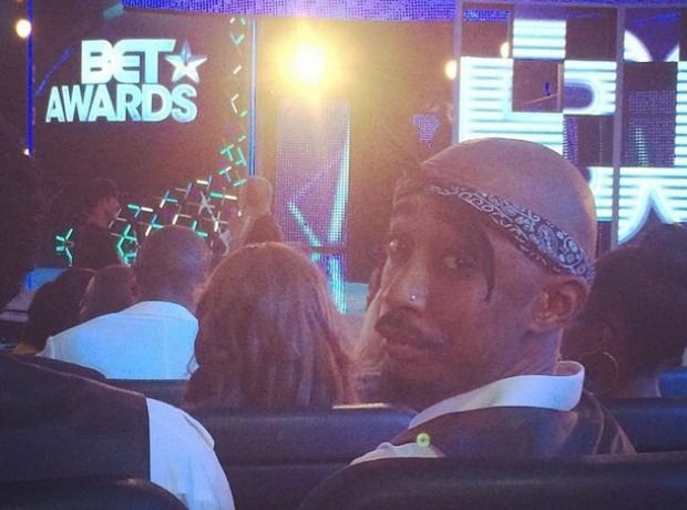 Tupac lookalike BET Awards