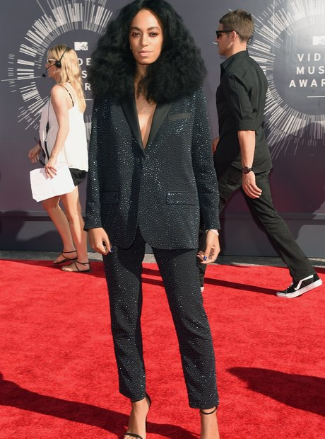 Solange Knowles MTV VMAs 2014 Red Carpet