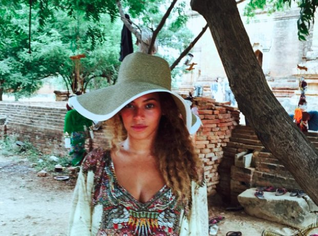 Beyonce on holiday wearing a Kaftan in Cambodia