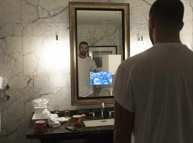Drake TV in mirror