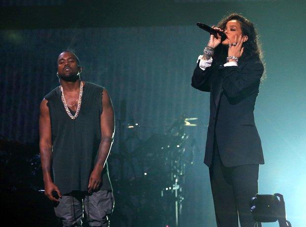 Rihanna and Kanye West Super Bowl 2015