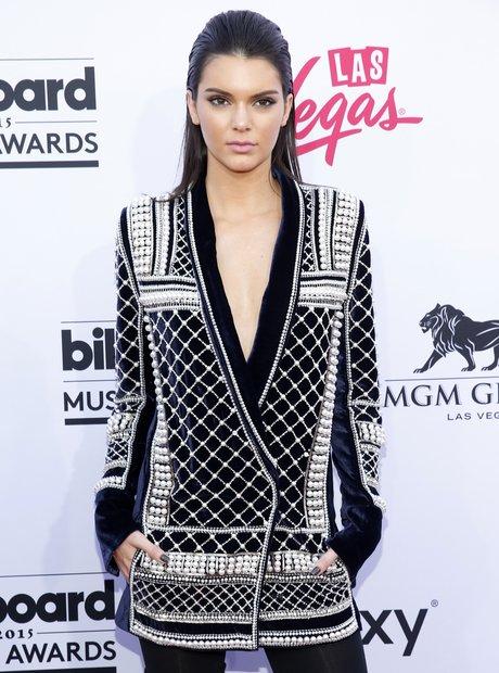 Kendall Jenner Billboard Music Awards 2015 Red Car