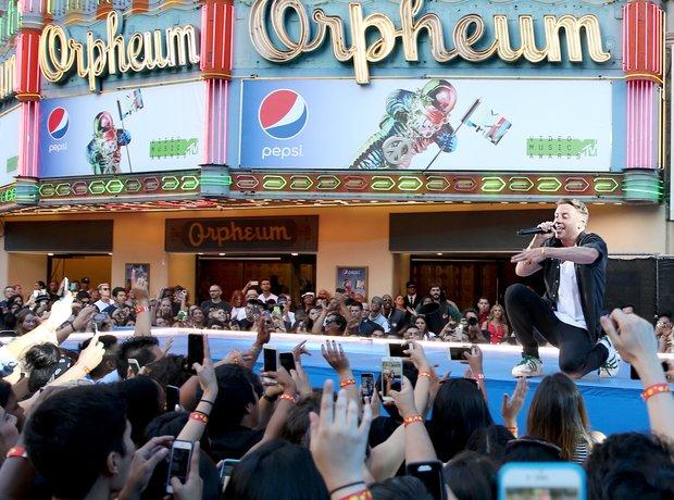 Macklemore MTV VMAs 2015