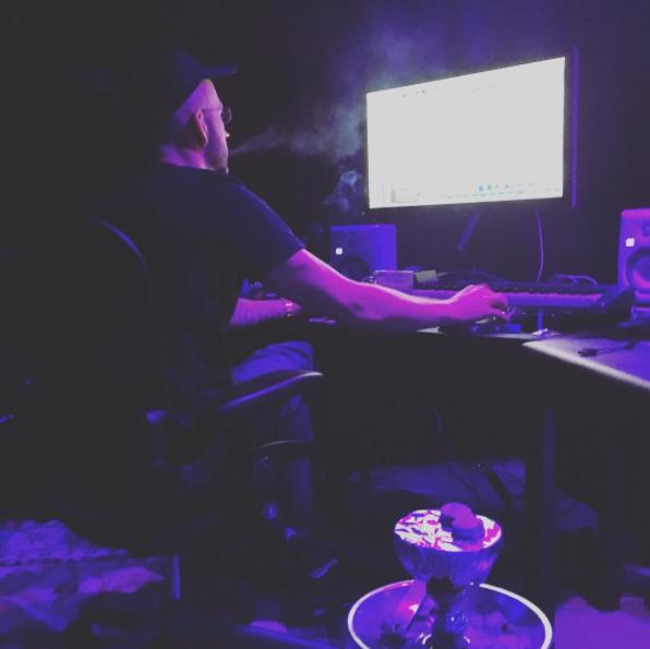 Drake 40 Studio