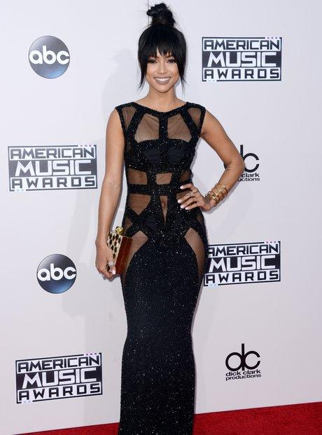 f5ad62803b00 karrueche-tran-american-music-awards-2015-red-carpet--1448265151-view-2.jpg