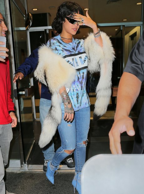 Rihanna steps out in tie dye t-shirt with sunglass
