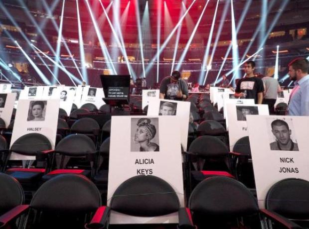 MTV VMAs Seating Plan