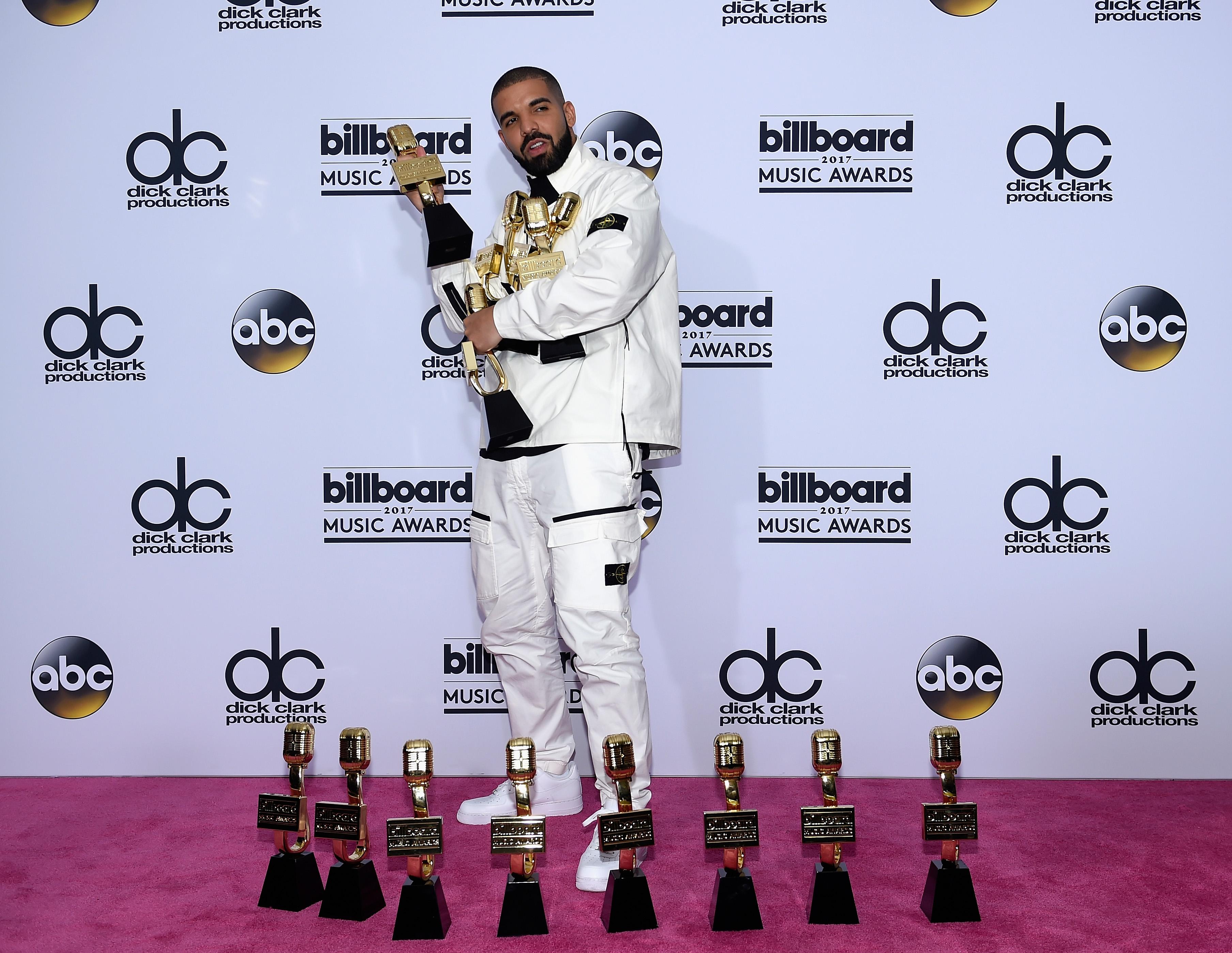 Drake at the Billboard Music Awards 2017