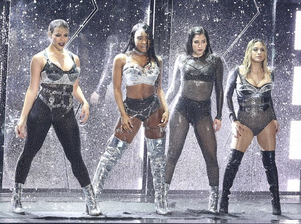 Fifth Harmony MTV VMAs 2017 Performance