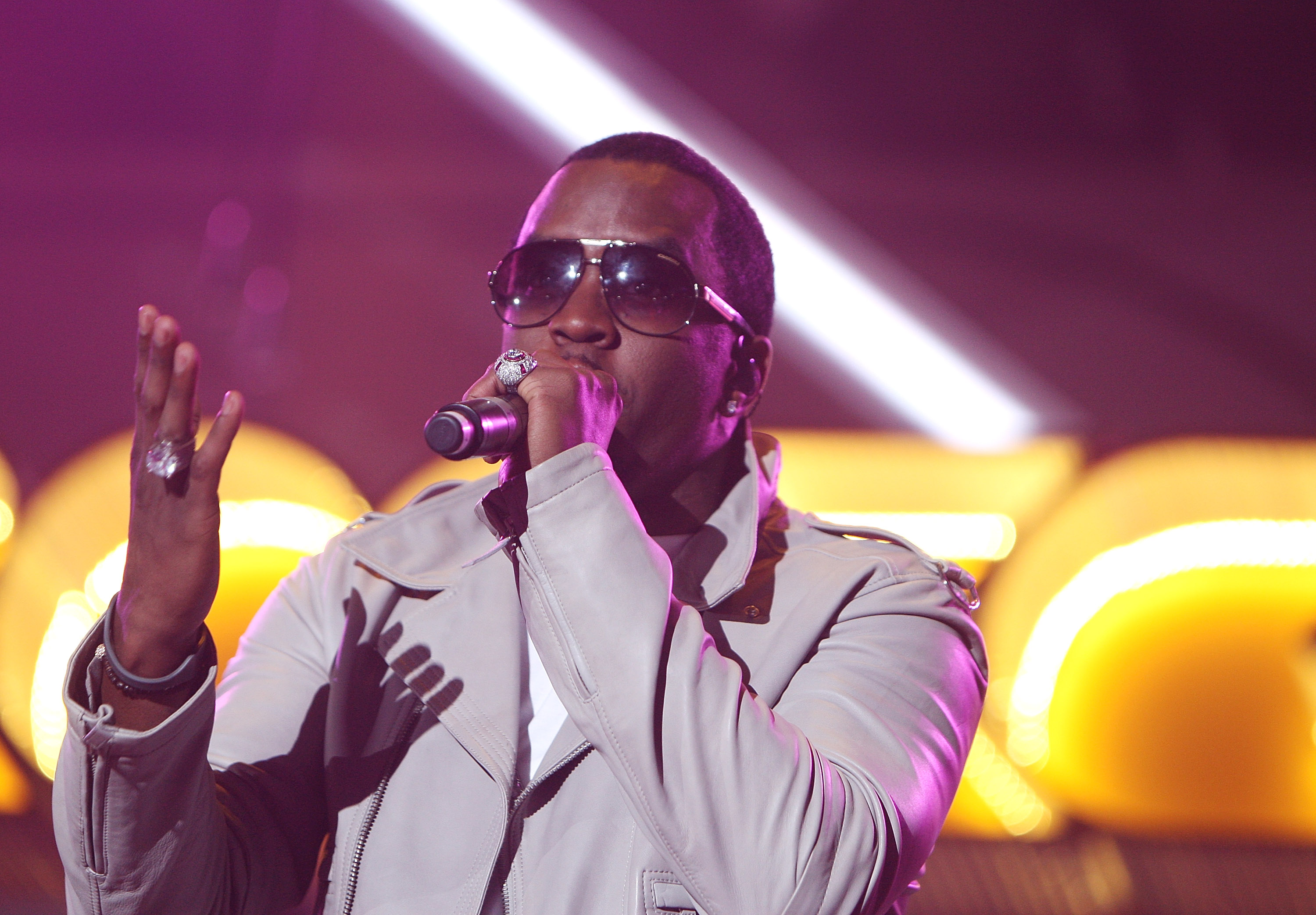 P Diddy live in London