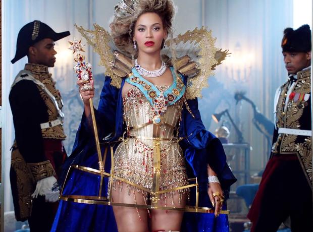Beyonce Mrs. Carter Tour Advert