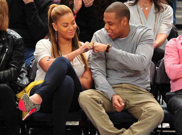 Beyonce and Jay-Z fist bump at Madison Square Garden