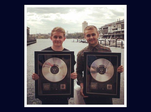 Disclosure with platinum discs