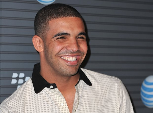 Drake WIth Blackberry