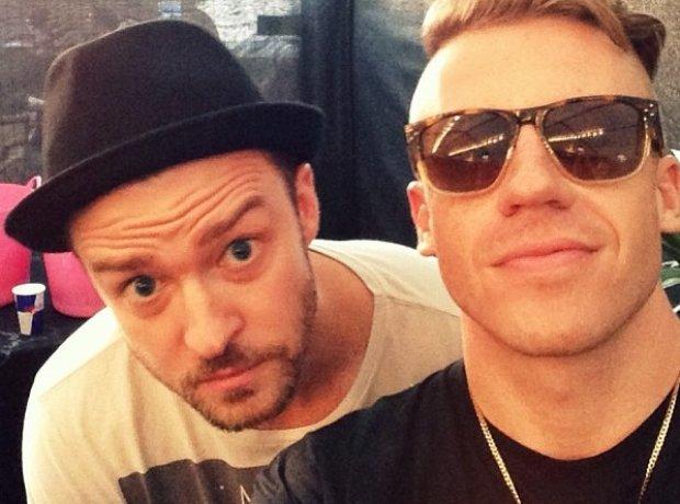 Macklemore and Justin Timberlake taking a selfie