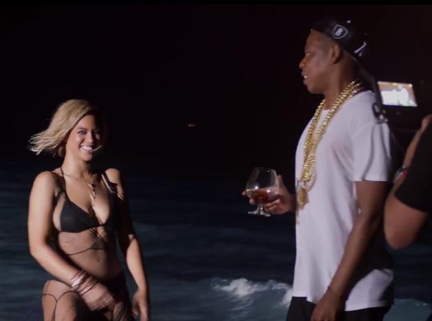 Beyonce Drunk in love making