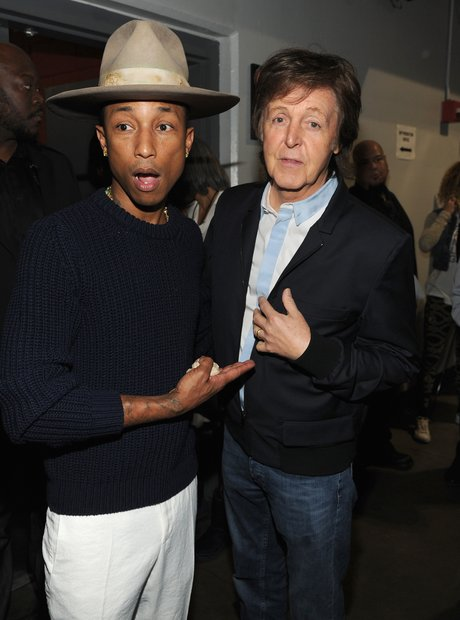 Pharrell Williams and Paul McCartney bactstage