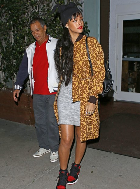 Rihanna out for dinner with her dad