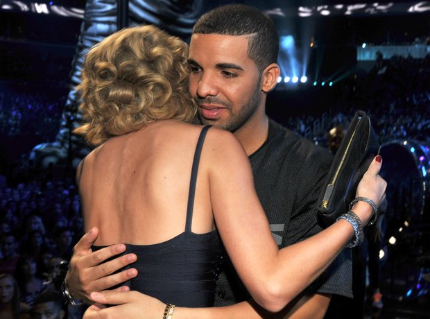 Drake hugging Taylor Swift
