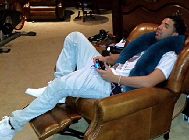 Drake relaxing instagram