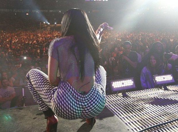 Nicki Minaj Performing At Summer Jam 2014