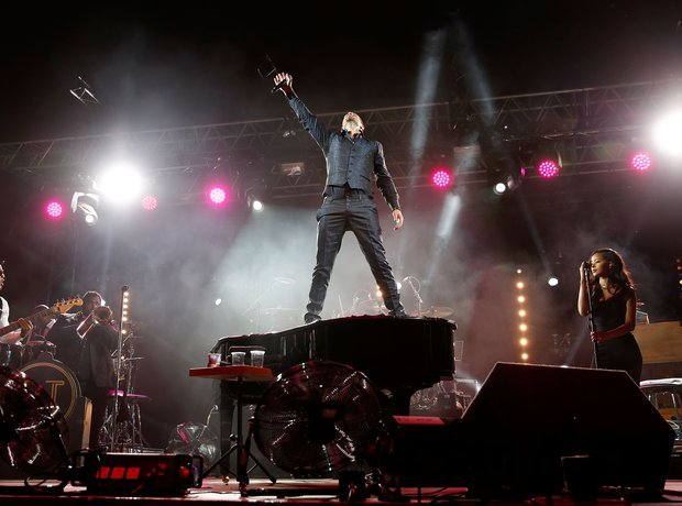 Robin Thicke At Wireless Festival 2014 London