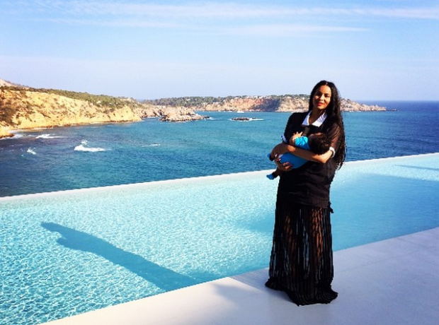Ciara baby Future in Ibiza