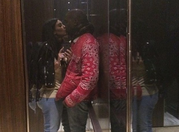 Kim Kardashian And Kanye West Kissing in a lift