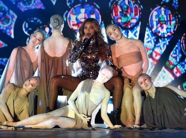 Beyonce VMAs 2014