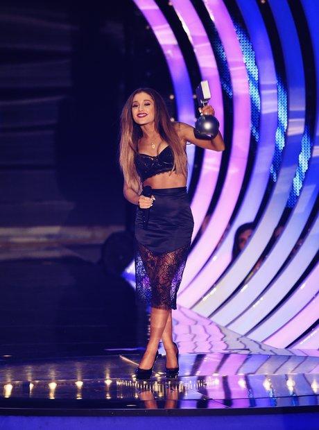 Ariana Grande MTV EMAs 2014 Winners