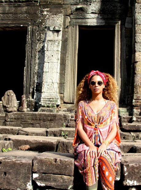 Beyonce in Thailand on holiday