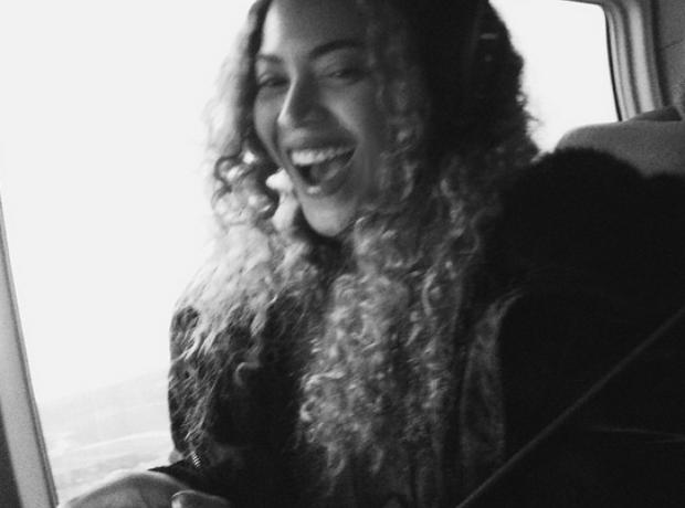 Beyonce on plane