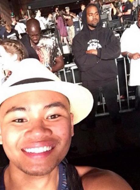 Kanye West photobomb