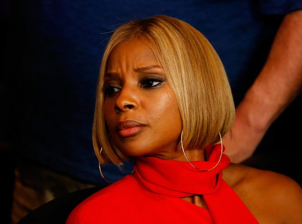 Mary J Blige Boxing Match 2015