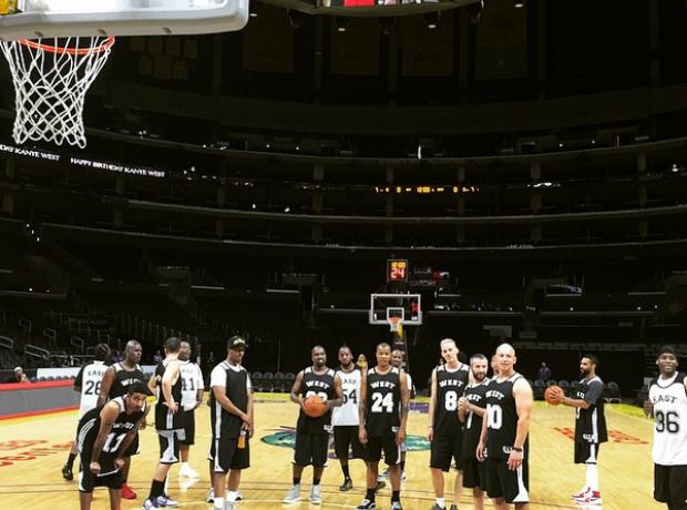 Kanye West in basketball gear
