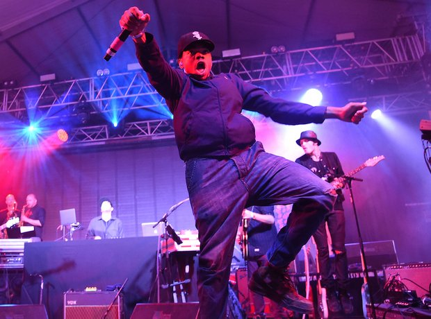 chance the rapper covered the fresh prince and biggie at bonnaroo festival capital xtra. Black Bedroom Furniture Sets. Home Design Ideas