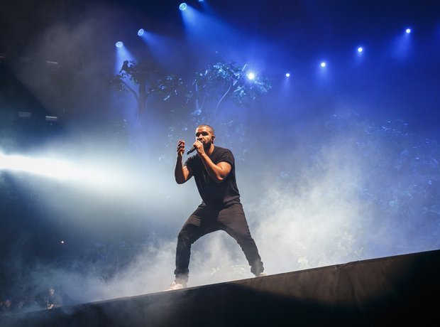 Drake Wireless 10th birthday 2015
