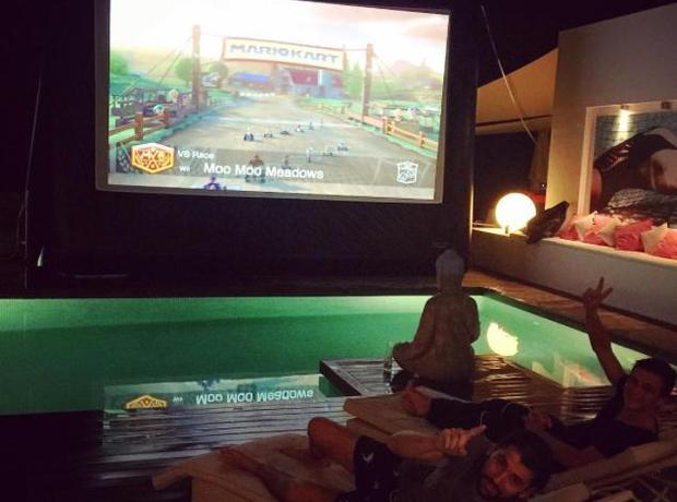 Martin Garrix plays Mario Kart in Ibiza