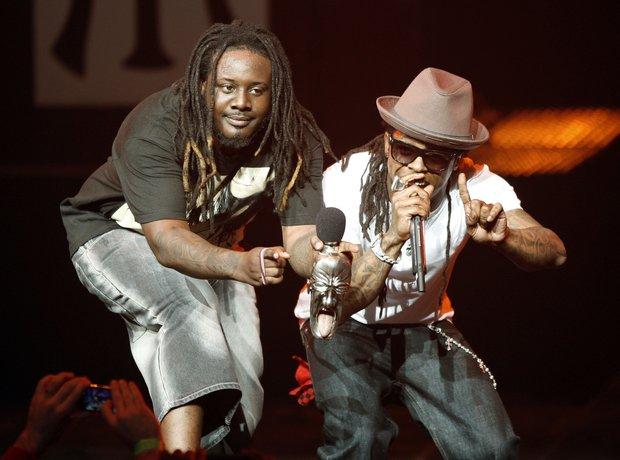T-Pain stood next to Lil Wayne