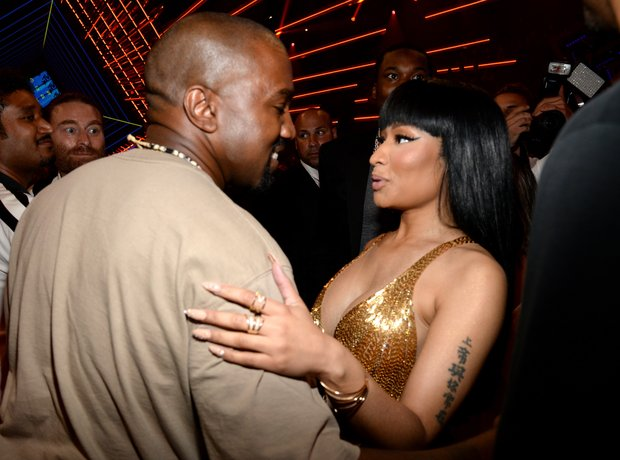 Nicki Minaj and Kanye West MTV VMA's 2015