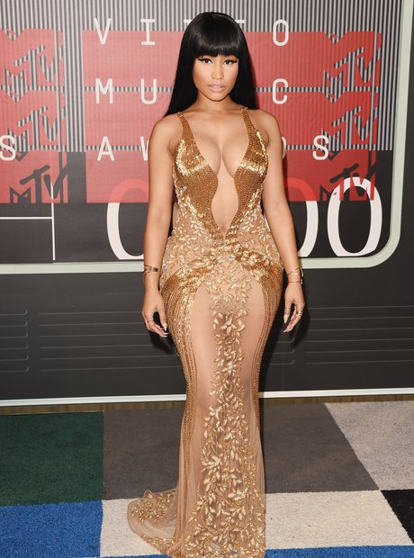 Nicki Minaj arrives at the 2015 MTV Video Music Aw