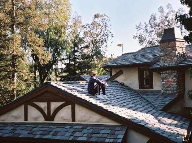 Drake Got Some Fresh Air... On The Roof Of His House.
