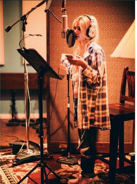 Pia in the recording studion
