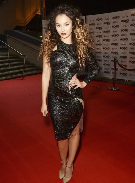 Ella Eyre MOBO Awards 2015
