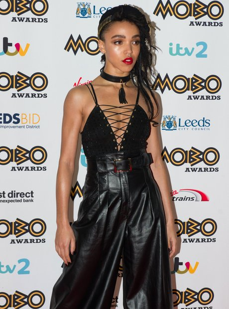 FKA Twigs MOBO Awards 2015