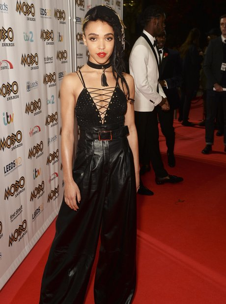 FKA Twigs MOBO Awards 2015