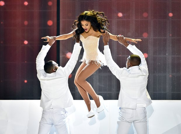 Ariana Grande American Music Awards 2015 Performan