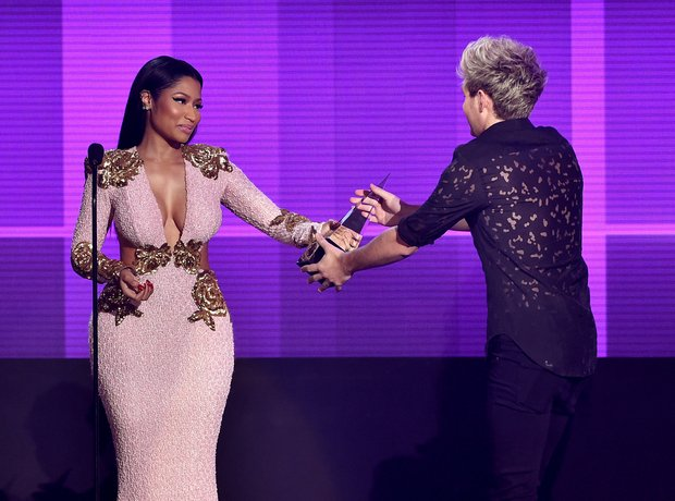 Nicki Minaj and Niall Horan American Music Awards