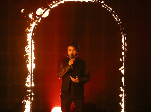 The Weeknd American Music Awards 2015