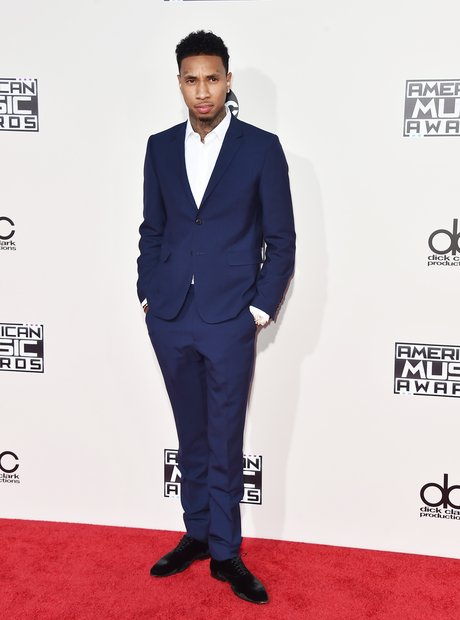 Tyga American Music Awards 2015